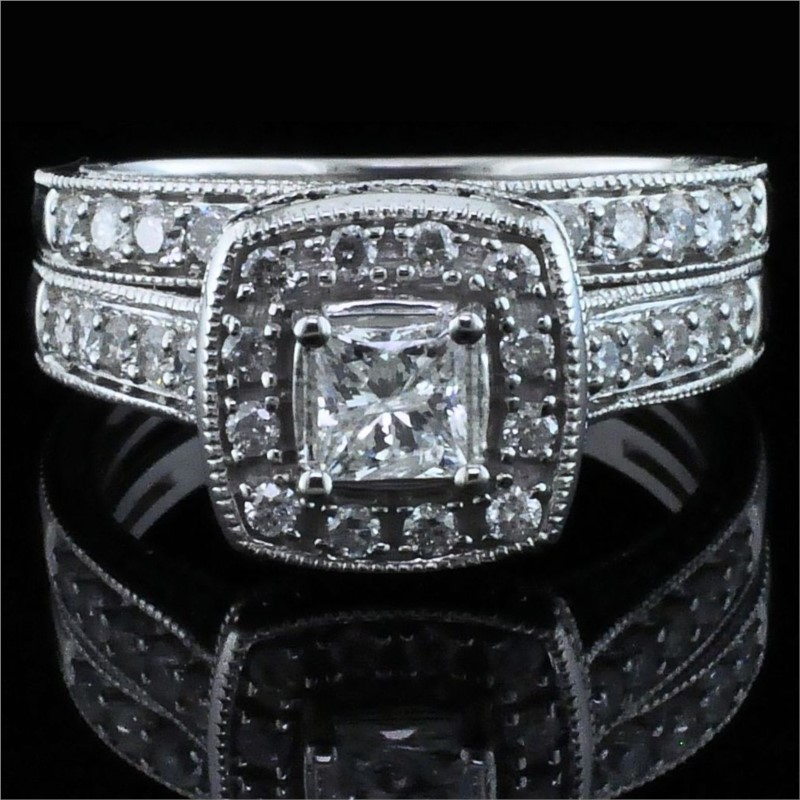 Diamond Engagement Rings - Princess Cut Diamond Wedding Set