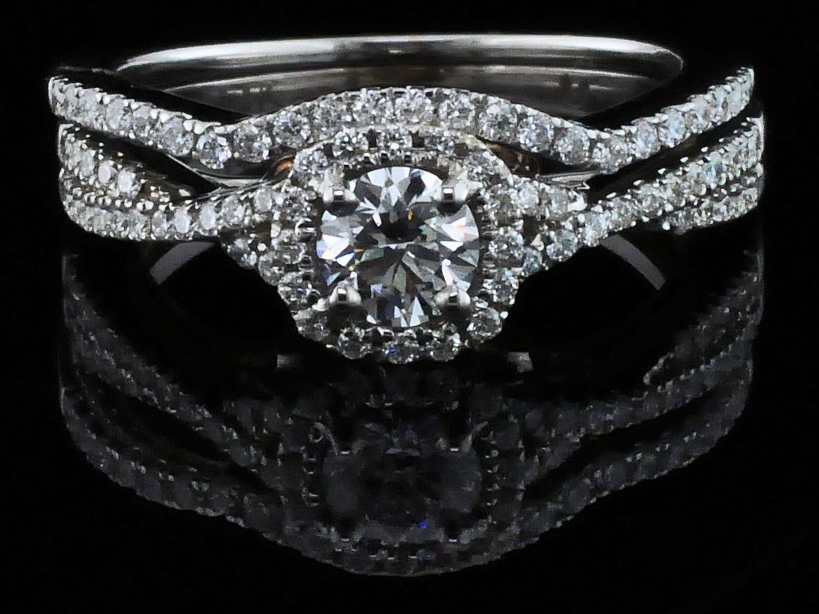 Diamond Engagement Rings - Steal Her Heart Collection Diamond Wedding Set