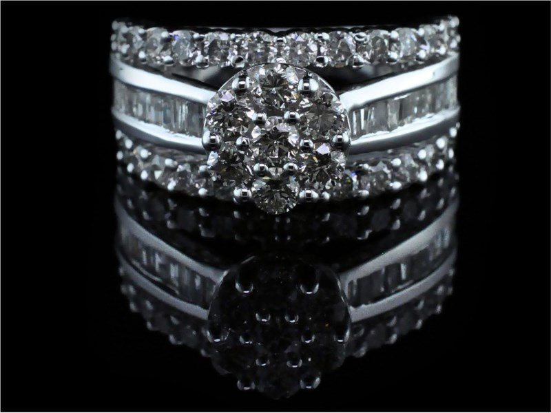 Diamond Engagement Rings - 3.00ct Total Weight Diamond Ring