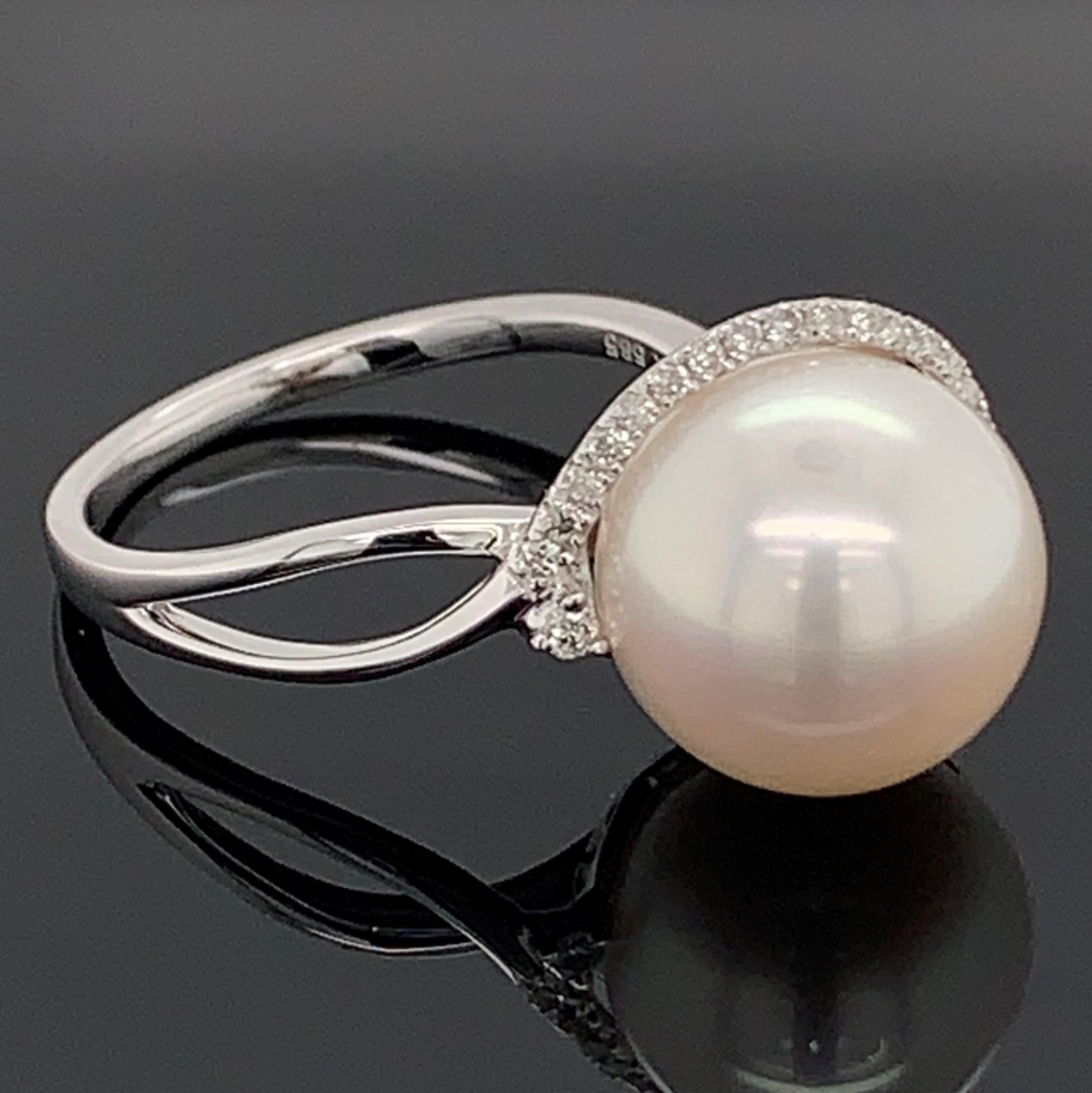 64137eb16 Pearl Rings - Freshwater Pearl and Diamond Ring - image #2