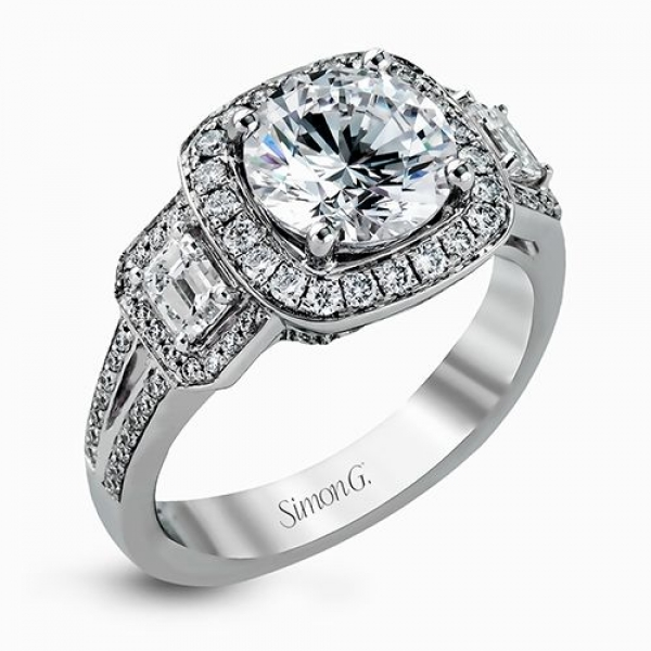 Simon G Passion Collection | 18K White Gold Pavé Diamond Ring with Emerald Cut Accents | Style No. 001-718-005