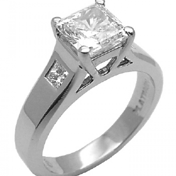 Jeff Cooper Designs | Princess Diamond Engagement Ring | Style No. 001-730-00694 R4025/PW