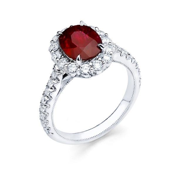 18k White Gold Ruby Fashion Ring