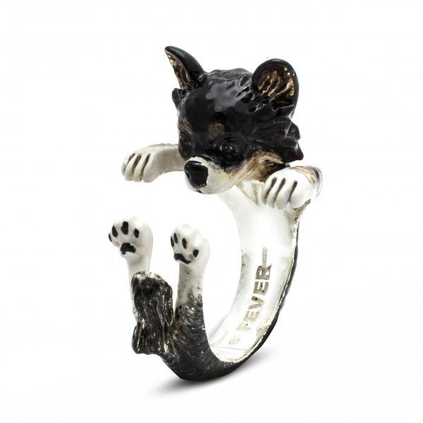 An exclusive line of sterling silver jewelry that represents man's best friend. Choose from rings, bracelets, earrings and pe
