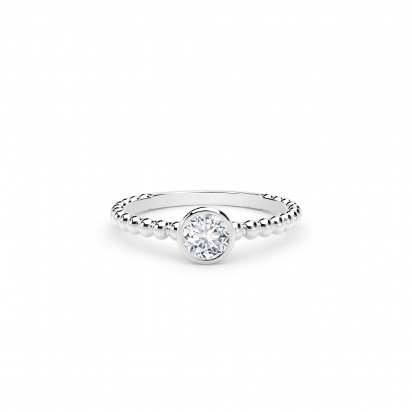 Each piece in the Forevermark Tribute™ Collection features rare and responsibly sourced diamonds that are carefully selecte