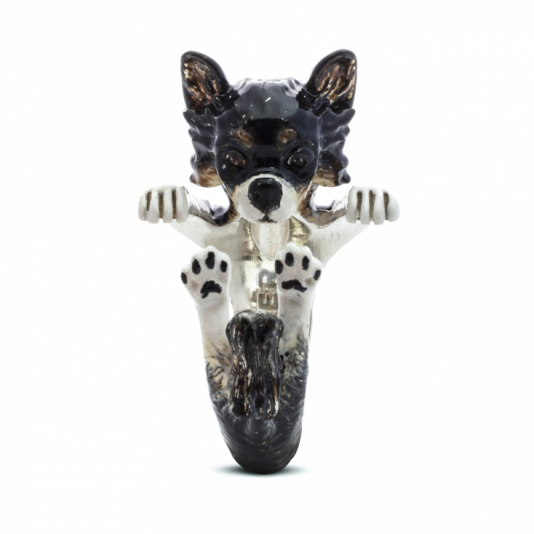 Chihuahua Long Haired Enamel Hug Ring Front View